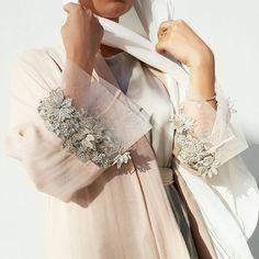 kimono outfit- Ramadan 17 Blush Pink Linen Abaya with Silver Applique Tulle Abaya Fashion, Muslim Fashion, Modest Fashion, Fashion Dresses, Abaya Designs, Modest Wear, Modest Outfits, Hijab Mode Inspiration, Mode Abaya