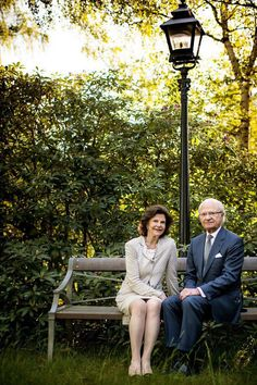 """Scandinavian Royals. on Twitter: """"NEW: King Carl Gustaf and Queen Silvia gave a new interview that comes with a photoshoot taken in Drottningholm."""