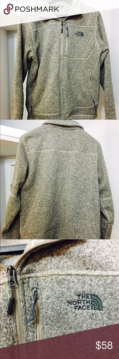 """THE NORTH FACE Men's Fleece Jacket THE NORTH FACE fleece sweater/jacket - men's size M - beige with """"chambre"""" pattern  - medium-weight and great for spring and fall - excellent condition (like new) The North Face Sweaters Zip Up"""