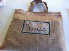 Bolsa navideña Burlap Bags, Burlap Crafts, Reusable Tote Bags, Burlap Sacks