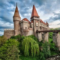 "Castles In The World (@castellinelmondo) on Instagram: ""Corvin Castle - Romania"
