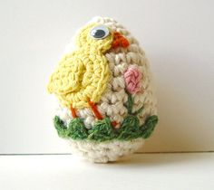 Easter Egg Yellow Baby Chick