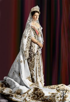 The last Empress of Russia, Tsarina Alexandra Fyodorovna Romanova, nee Princess Alix of Hesse and by Rhine (1872-1918), consort of Nicholas II., seen here in full court dress, year 1906. Photo by Tashusik.