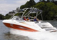 Yamaha this boat. Twin jet engines so WHEN you fall off the ladder you don't have to worry about cutting your leg off on the prop :) Bayliner Boats, Used Boats, Wakeboard Boats, Pontoon Boat, Wakeboarding Girl, Utility Boat, Diy Water Fountain, Sport Fishing Boats, Aluminum Boat