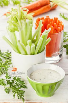 дип из йогурта с морковкой и сельдереем by Natalia Lisovskaya on 500px