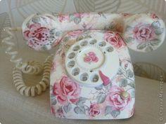 I love the shabby chic telephone