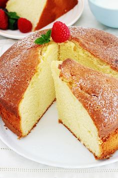 À acheter Classic, easy yogurt cake. A base which is also used to make: a fruit cake, a chocolate ma Easy Cake Recipes, Snack Recipes, Dessert Recipes, Cooking Recipes, Yogurt Recipes, Chocolate Cake Recipe Easy, Yogurt Cake, Food Cakes, Clean Eating Snacks