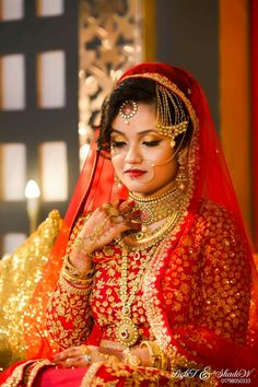 Muslim Wedding Dresses, Bridal Poses, Indian Wedding Photography, Wedding Album, Wedding Programs, Wonder Woman, Indian Weddings, Kerala, Pakistani