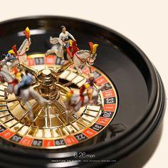 ". 6.26 mon ""Roulette Go Round"" . こうなるとメリーゴーランドというより競馬に見えてくる。 . #ルーレット #メリーゴーランド #競馬 #Roulette #Carousel #MerryGoRound #一生勝負がつかない競馬 . #Regram via @tanaka_tatsuya"