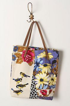 Patchwork Fabric Tote Bagstrends Summer spring floral prints fashion floral dress floral fabric bags Designer Handbags bright colors bags