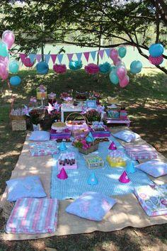 Picnic of Incluir Magazine Pra Gente Miúda Creações Backyard Birthday, Picnic Birthday, Outdoor Birthday, 1st Birthday Parties, Birthday Kids, Backyard Bbq, Festa Baby Alive, Picnic Party Decorations, Picnic Parties