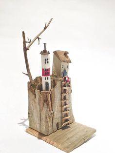 Driftwood Sculpture, Driftwood Art, Driftwood Projects, Reclaimed Wood Art, Wood Creations, Retro Toys, Wooden Crafts, Little Houses, Wood Blocks