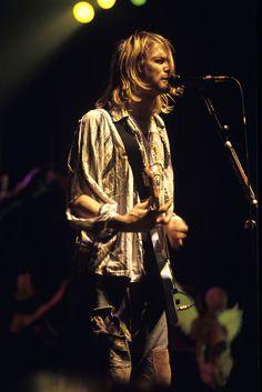November 8th, 1993 - Nirvana performed at The Drexel University in Philadelphia, Pennsylvania.