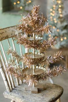 Sparking Tinsel Tree on ChiPPy Chair...