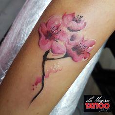 #flower #tattooo #lamagratattoo
