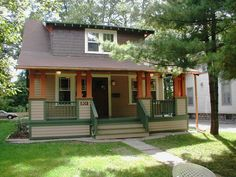 new colors for bungalow, custom schemes by Historic House Colors, Ann Arbor, Michigan