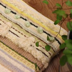 weaving clutch bag Clutch Bag, Weaving, Bags, Handbags, Totes, Crocheting, Hand Bags, Knitting Looms, Soil Texture