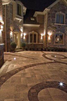 Unilock - Umbriano driveway and front entrance with Il Campo paver by Unilock