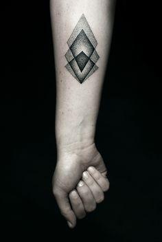 Geometric tattoo by Kamil Czapiga