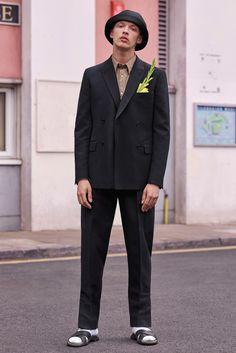 Stella McCartney Spring 2017 Menswear Fashion Show