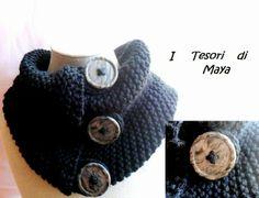 I Tesori di Maya: Scaldacollo ferri lana nero, bottoni grigio