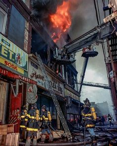 FEATURED POST @firstdueproductions - 3rd Alm Broadway in Brooklyn March of '89. Shot on Kodak Ektapress! film. Jim Marabello . #FDNY . ___Want to be featured? _____ Use #chiefmiller in your post ... . CHECK OUT! Facebook- chiefmiller1 Periscope -chief_miller Tumblr- chief-miller Twitter - chief_miller YouTube- chief miller . #firetruck #firedepartment #fireman #firefighters #ems #kcco #brotherhood #firefighting #paramedic #firehouse #rescue #firedept #iaff #feuerwehr #crossfit…