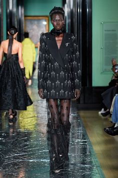 Erdem Fall 2020 Ready-to-Wear Collection - Vogue Star Fashion, Runway Fashion, London Fashion, Street Fashion, Spring Summer Fashion, Autumn Fashion, 2020 Fashion Trends, Glamour, Vogue Russia