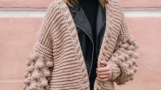 Cardigans are just the piece for having fresh winter outfits throughout the season. http://www.tangerlife.com/2018/01/09/how-to-style-a-cardigan-5-ways