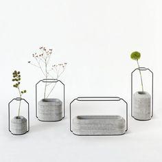 Бетонные вазы