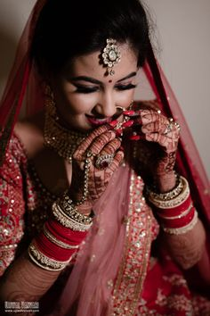 Without some creative bridal portraits, the photography session of the wedding cannot be complete. Here are the Most beautiful and unique bridal portraits ideas for weddings. #shaadisaga #indianwedding #bridalphotoshootposesindian #bridalphotoshootindian #bridalphotoshootpre #bridalphotoshootideas #bridalphotoshootveil #bridalportraitideas #bridalportraitposes #bridegettingready #bridegettingreadyideas #bridegettingreadyphotoshoot #bridegettingreadyposes Wedding Photographer Prices, Best Wedding Photographers, Bridal Portrait Poses, Bridal Nail Art, Bridal Photoshoot, Bride Getting Ready, Wedding Function, Bridal Accessories, Nail Art Designs