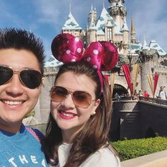 Nossas selfies 💑  .  .  .  #disney #disneylandpark #love #wheredreamscometrue #selfie