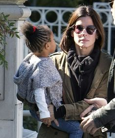 Sandra Bullock and her daughter Laila Bullock, Sandra Bullock, Sandro, Middle Aged Women, Popular Actresses, Opera Singers, Iconic Movies, In Hollywood, Celebrity Crush, Style
