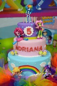 Equestria Girls cake by Azúcar y Color
