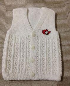 """666 Likes, 16 Comments - Ecmel Bebe (@ecmelbebe) on Instagram: """"knittinglove#Örmeyiseviyorum#siparişalınır#severekörüyorum#Örgüaşkı#Handmade#Elörgüsü#Babies#Boys#And#Girls#Ceket#Yelek#elbise#Tulum#patik…"""""""
