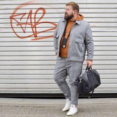 Black Mens Fashion Suits, Mens Plus Size Fashion, Large Men Fashion, Fashion Male, Chubby Men Fashion, Harrington Jacke, Body Positivity, Plus Size Kleidung, Plus Size Men