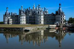 Chambord - Le château de Chambord est un château français situé dans la commune de Chambord, dans le département du Loir-et-Cher en région Centre-Val de Loire France, Cathedral, Sunset, Travel, Viajes, Cathedrals, Destinations, Sunsets, Traveling