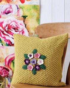 Gardeners' World Cushion - free pattern by Nicki Trench - moss stitch cushion with crochet flowers