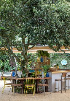 Salas, cozinhas, quartos e áreas externas estão em nossa seleção de espaços da Casa Cor Rio. Vem ver as ideias cariocas deste ano