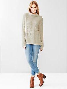 Zig-zag mockneck sweater / Gap