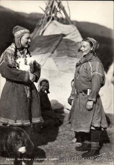 Sami women and lavvu - Lyngseidet Norway