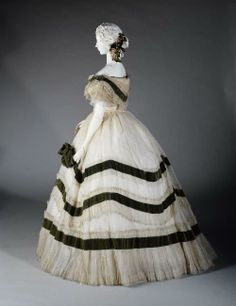 Robe du soir 1858-1868 Another example of a very geometric two tone gown of the 1860s.