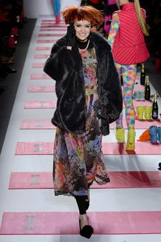 Betsey Johnson Fall 2013 Ready-to-Wear Collection Slideshow on Style.com