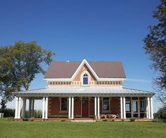 """Erica Hyland wanted a """"green"""" renovation for her 1881 Caledon farmhouse. Architect Harry Morison Lay obliged."""