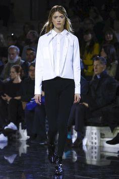 Courrèges Ready To Wear Fall Winter 2016 Hair by #OdileGilbert