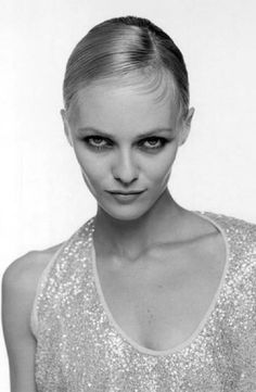 Vanessa Paradis by Kate Barry Kate Barry, Vanessa Paradis, Lily Rose Depp, French Beauty, British Actresses, Most Beautiful Women, Girl Crushes, My Girl, Diva