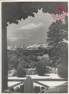 I Sibillini visti da Piazza Garibaldi - 1929 (foto Studio Balelli) Altre foto d'epoca: http://risorseactivetourism.blogspot.it/2016/02/i-monti-sibillini-nelle-foto-storiche.html