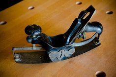"""Stanley 113 Compass Plane (""""Woodworking Hand Tool Buying Guide: Hand Planes"""" at WoodAndShop.com)"""