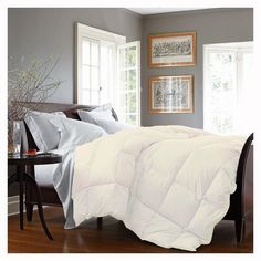 Luxurious Down Alternative Comforter