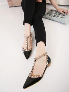Shop Black Point Toe Rivet Flats online. SheIn offers Black Point Toe Rivet Flats & more to fit your fashionable needs.