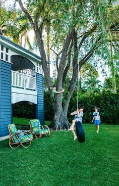 Take a tour of a once cramped and rundown Queenslander renovated into a grand open-plan family home. renovations Gallery - Bettina and David's Renovated Queenslander